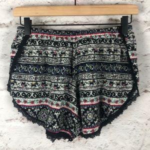 NWOT Elephant Shorts Sz 4